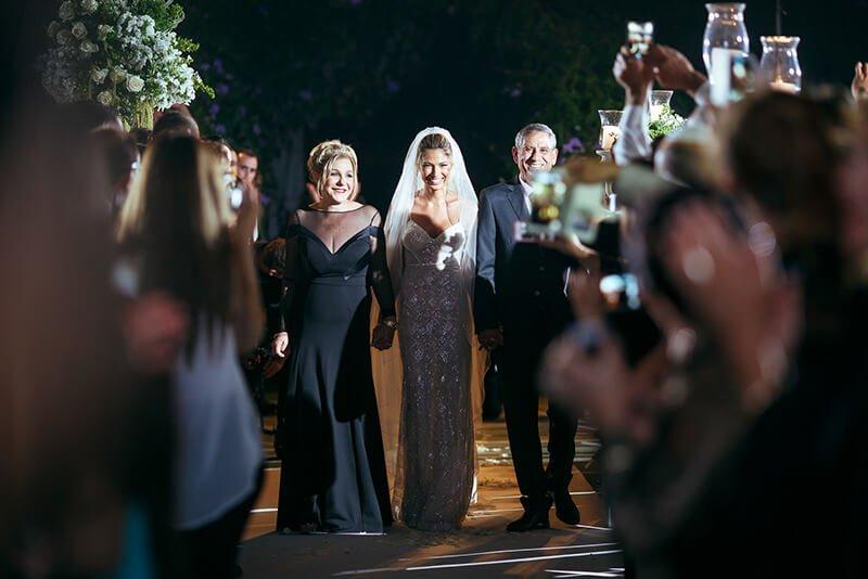 Bride entrance jewish wedding